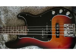 Fender American Performer Precision Bass