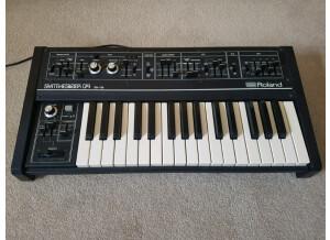 Roland SH-09