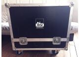Vends Flyht Case Pro, noir, de qualité, avec grosses roues en excellent état