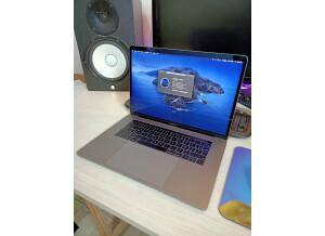 """Apple Macbook Pro 15,4"""" rétina dernière génération"""
