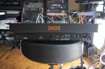 Behringer 2600 : B2600_2tof 10.JPG