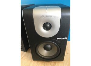 Alesis M1Active 520 (70205)