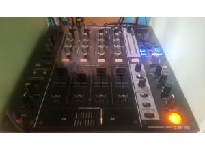 Pioneer DJM-750 (83688)