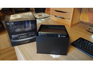 Universal Audio UAD-2 Satellite Thunderbolt - QUAD Core (66016)