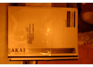 Akai Professional REMIX 16 (43198)