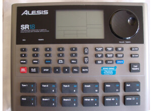 Alesis SR-18 (89270)