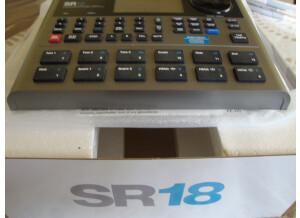 Alesis SR-18 (24481)
