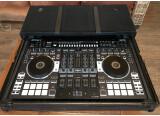 VENDS CONTROLEUR DJ ROLAND DJ 808 + FLIGHT CASE ZOMO