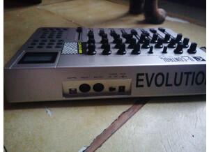 Evolution UC-33e