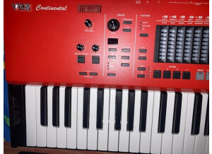 Vox Continental 73