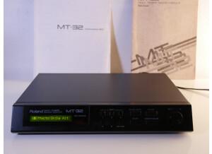 Roland MT-32 (6574)