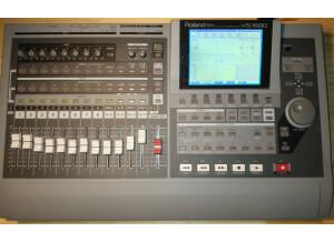 Roland VS-1680