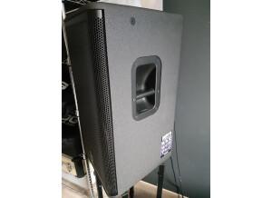 Yamaha DSR115 (31600)