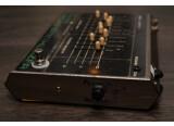 Electro-Harmonix Vintage Bass Micro Synth révisée et modifiée en True Bypass avec Alim 24V