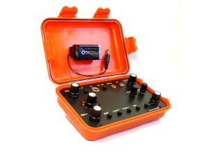 Atonal Circuits A01 – Glitch & Noise Generator