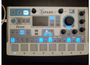 Arturia SparkLE Creative Drum Machine (29399)