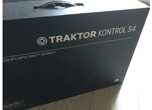 native-instruments-traktor-kontrol-s4-mk3-2941481
