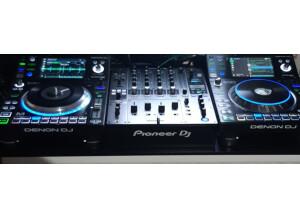 Denon DJ SC5000M Prime (24668)