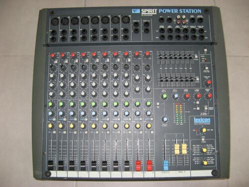 Yamaha 01V (97856)