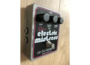 Electro-Harmonix Stereo Electric Mistress