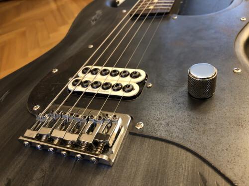 Fender Tom Delonge Stratocaster (39170)