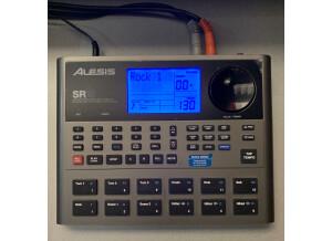 Alesis SR-18 (32080)