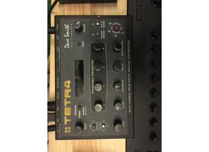 Dave Smith Instruments Tetra