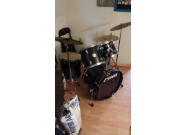Sonor Force 505 Drum Set with Hardware