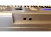 vends clavier arrangeur YAMAHA DGX-220 6 octaves