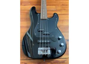 Squier Standard P Bass Special