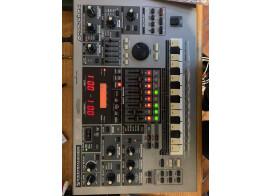 Vend Roland MC 505