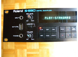 Roland S-550 (30412)