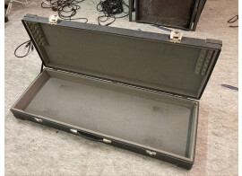 Vends hardcase synthétiseur 61 touches