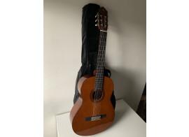 Guitare Yamaha C40 + House et 3 Accessoires