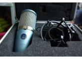 AV Micro de studio à condensateur AKG 420