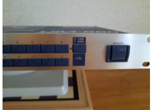 Edirol UM-880