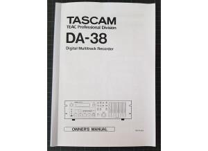 Tascam DA-38