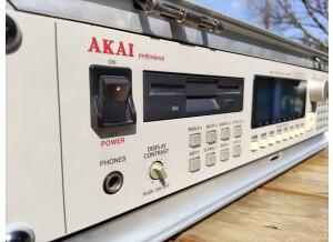 Akai Professional S3000XL