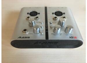 Alesis iO 2