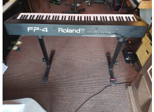 Roland FP-4