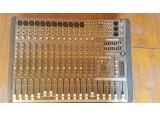 table de mixage CFX MK2