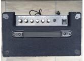 Ampli Roland KC60