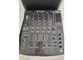 Vends table de mixage Pioneer DJM800