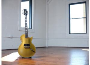 Epiphone Jared James Nichols 'Gold Glory' Les Paul Custom