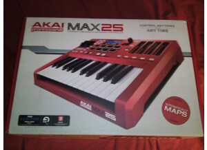 Akai Professional MAX25