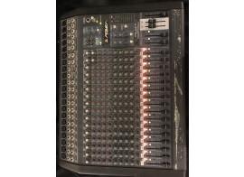 vends console 16/4/2 Peavey RQ 2318