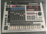 Vend Roland MC-808
