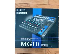 Yamaha MG10