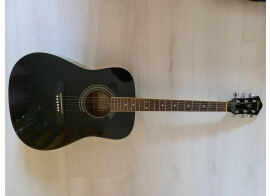 Vends guitare folk