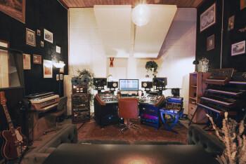 Studio & Home Studio : IMG_6553-HDR